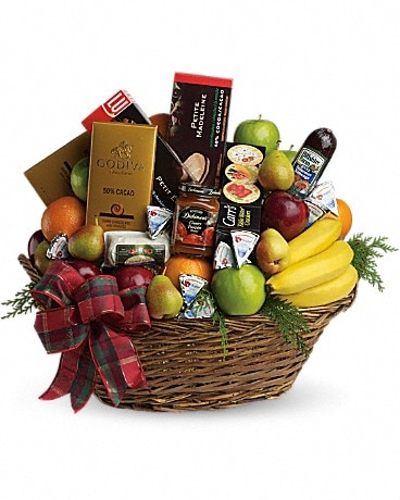 The Ultimate Christmas Basket Bouquet