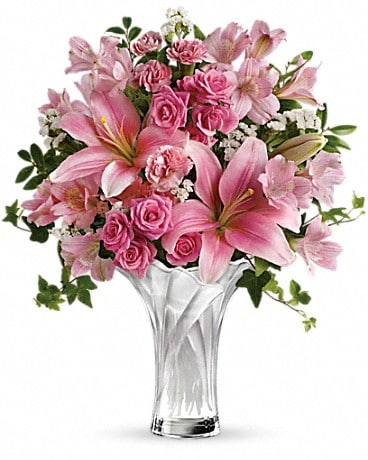 Teleflora's Celebrate Mom Bouquet Bouquet