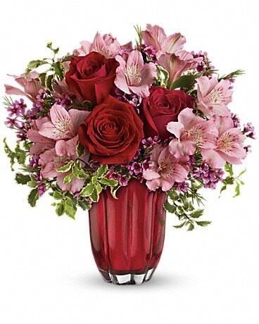 Heart's Treasure Bouquet by Teleflora Bouquet