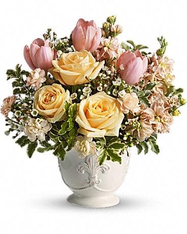 Teleflora's Peaches and Dreams Flower Arrangement