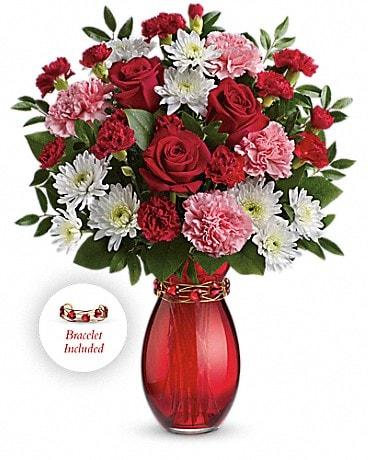 Teleflora's Sweet Embrace Bouquet Bouquet