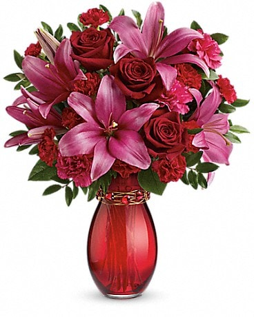 Teleflora's Crimson Kisses Bouquet Bouquet