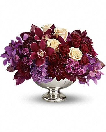 Teleflora's Lush and Lovely Flower Arrangement