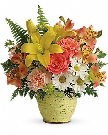 Teleflora's Clear Morning Bouquet