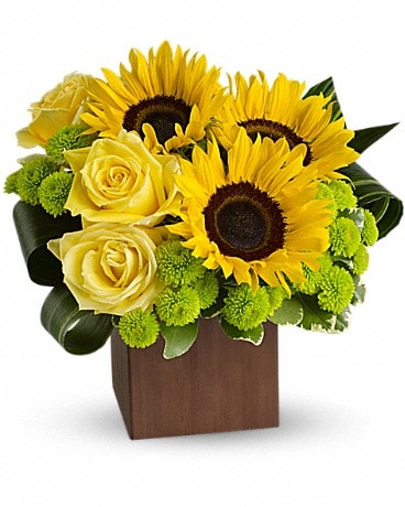 Teleflora's Sunflower Fantasy Bouquet