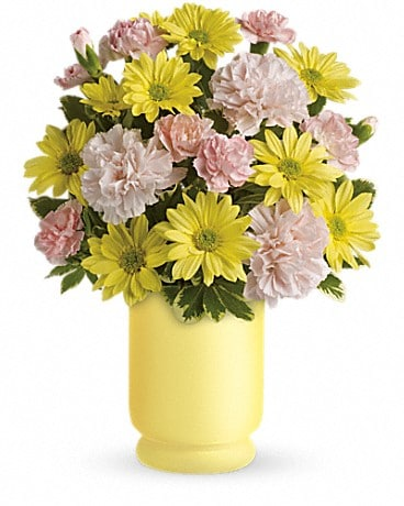 Teleflora's Bright Day Bouquet Bouquet