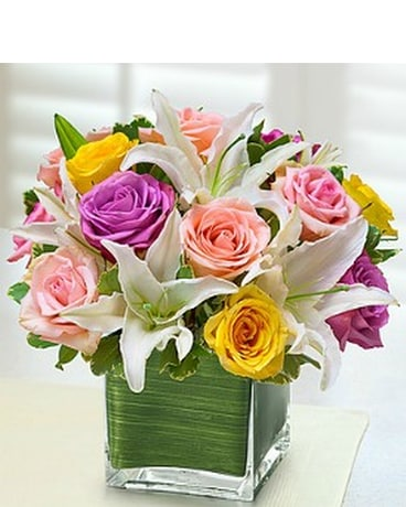 Modern Lily & Rose Bouquet - Pastel