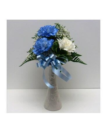 Blue And White Carnation Bud Vase In Waverly Ny Jaynes Flowers