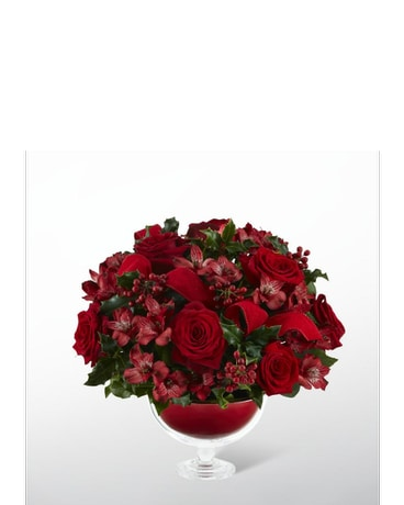 Holiday Rose™ Bouquet by Vera Wang