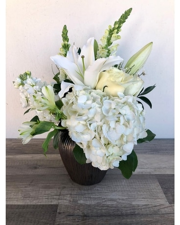 Flurries of Winter Flower Arrangement