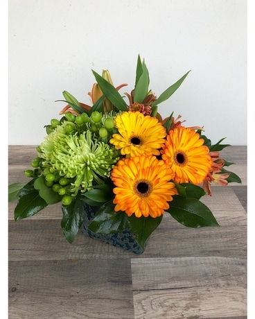 Lemonade & Sunshine Flower Arrangement