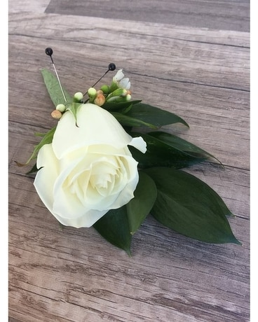 Romantic White Rose Boutonniere Flowers