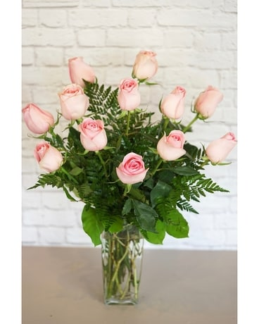 One Dozen Deluxe Pink Roses Flower Arrangement