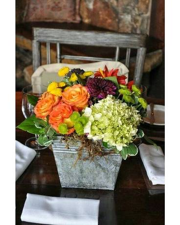 Simply Chic Flower Arrangement