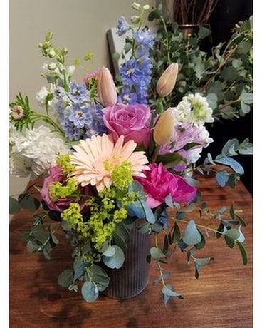 Pretty Pastels Flower Arrangement