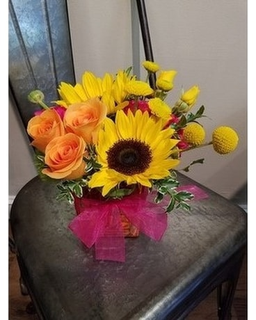Sunshine & Smiles Flower Arrangement