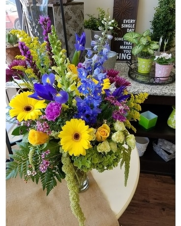 Garden Club Flower Arrangement