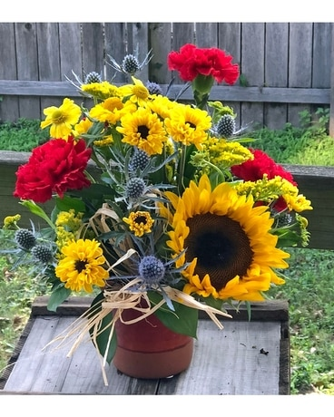Summer Picnic Flower Arrangement