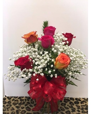 Half Dozen Mixed Roses Flower Arrangement