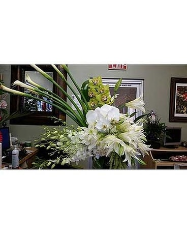 FDM-002RE Flower Arrangement