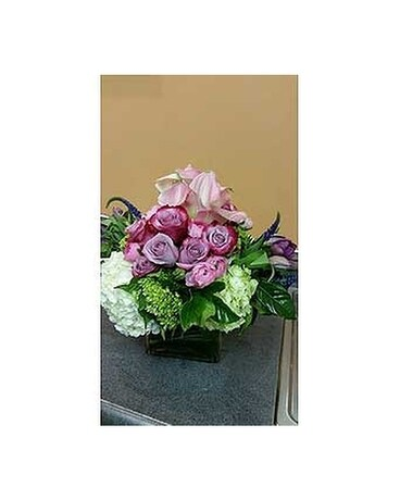 FDM-003RE Flower Arrangement