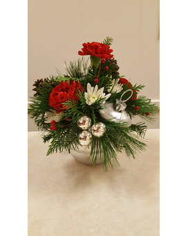 Beall's - Christmas Ornament Flower Arrangement