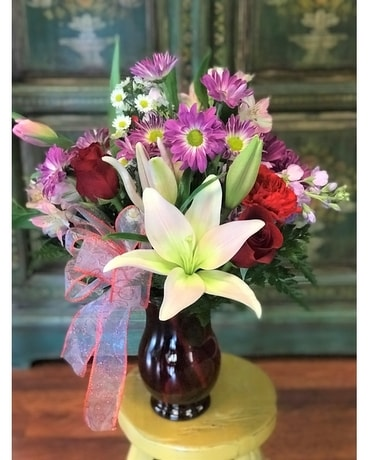 Gordon Hill Special - Modern Love Classic Flower Arrangement