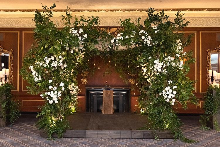 Sophisticated-Ballroom-Wedding