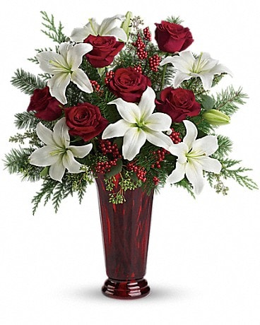Holiday Magic (T117-1A) Bouquet