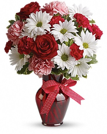 Hugs and Kisses Bouquet with Red Roses - ONE SIDED Bouquet