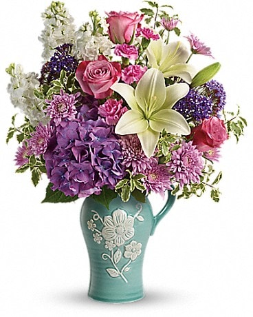 Teleflora's Natural Artistry Bouquet