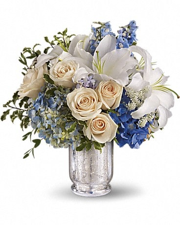 Seaside Centerpiece Bouquet