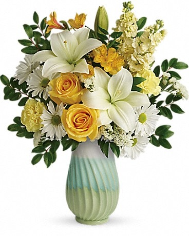 Teleflora's Art Of Spring Bouquet