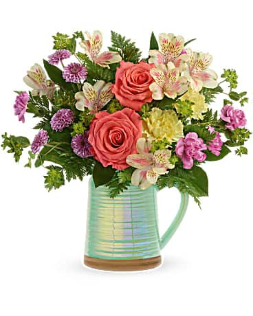 Teleflora's Pour on the Beauty Bouquet Bouquet
