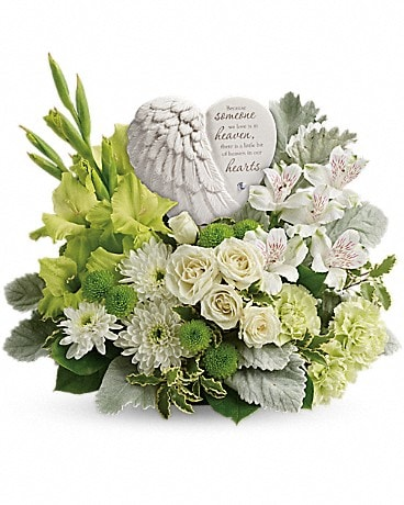 Teleflora's Hearts In Heaven Bouquet    T278-4A Bouquet