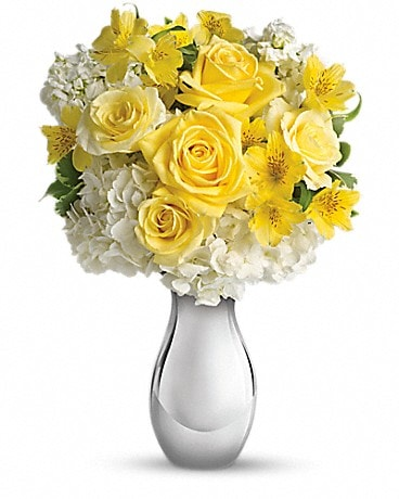 Teleflora's So Pretty Bouquet