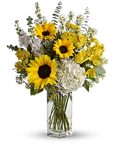 To See You Smile Bouquet by Teleflora Bouquet