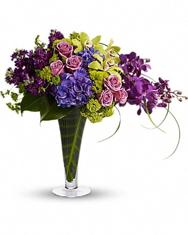 Your Majesty - by Lary's Florist & Designs LLC Bouquet