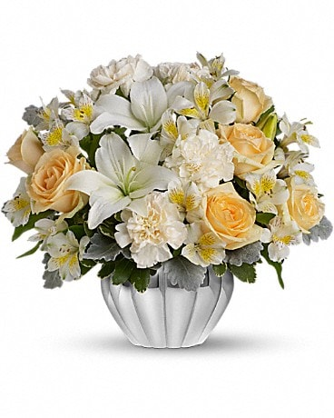 Kiss Me Softly Flower Arrangement