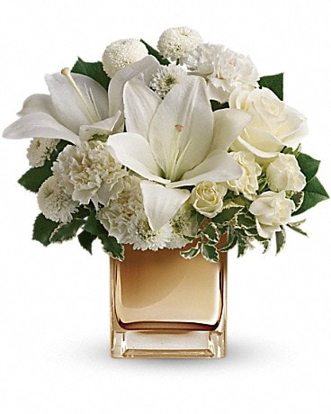Starlit Kisses by Teleflora TEV16-2A Bouquet