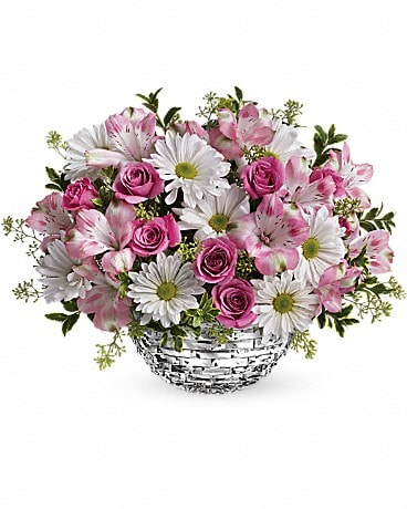 Teleflora's Facets Of Spring Centerpiece Bouquet