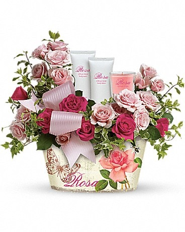 Teleflora's Everything Rosy Gift Bouquet