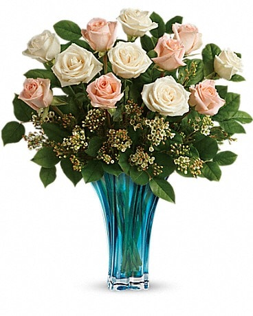 Teleflora's Ocean Of Roses Bouquet