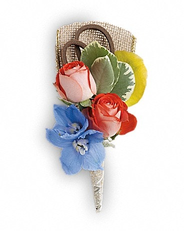 Barefoot Blooms Boutonniere Boutonniere