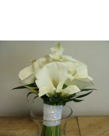 White Calla Lily Bridal Bouquet In Lyndhurst Nj Flowers By Chuck