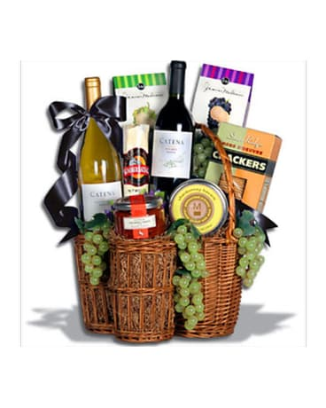 Red & White Party basket