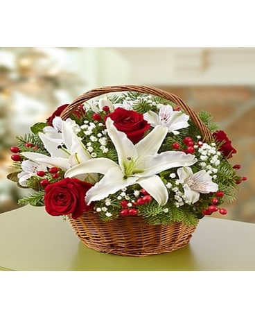 BASKET OF CHRISTMAS BOUQUET