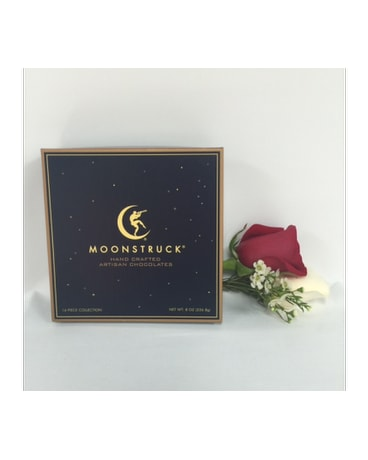 Moonstruck 9 pc and roses