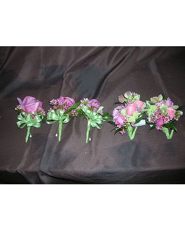 Corsage/Boutonnieres (WED-11)