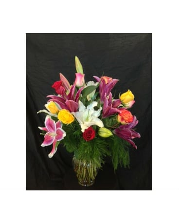 *WEEKLY SPECIAL* Assorted Lilies & Roses